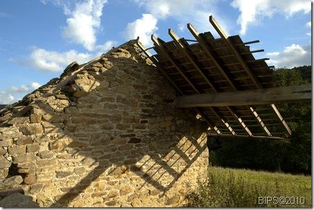 DSC_0015 - Derelict Barn near Calton Houses - Derbyshire - IB 9-9-10